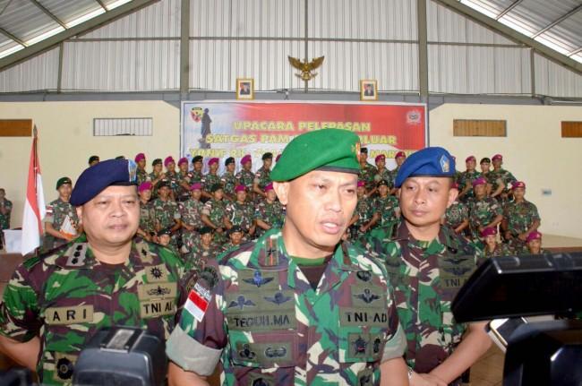 Pelepasan Purna Tugas Satgas PAM Pulau Terluar, Yonif RK 744/SYB dan Satgas Yonif 5 Marinir
