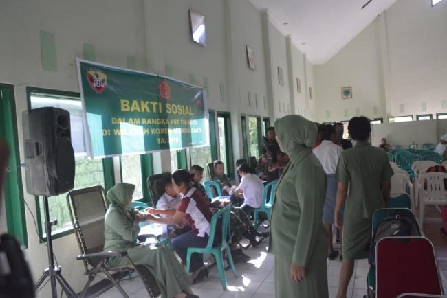 Peringati HUT ke 73 TNI, Korem 161/Wira Sakti Awali Dengan Donor Darah
