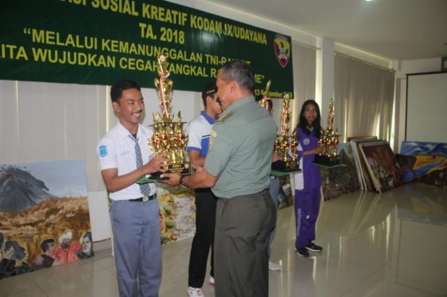 Duta Korem 163/Wira Satya Sabet Juara di Komsos Kreatif Kodam IX/Udayana