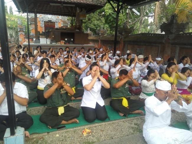 Wujud Empati dan Keprihatinan Terhadap Bencana Alam di Sulteng, Korem 163/WSA Gelar Doa Bersama