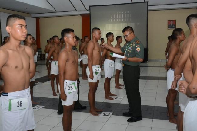 Pangdam IX/Udayana Pimpin Sidang Parade Catam TNI AD