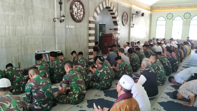 Korem 162/WB dan Jajaran Gelar Doa Bersama Untuk Alm. Jenderal TNI (Purn) Goerge Toisutta