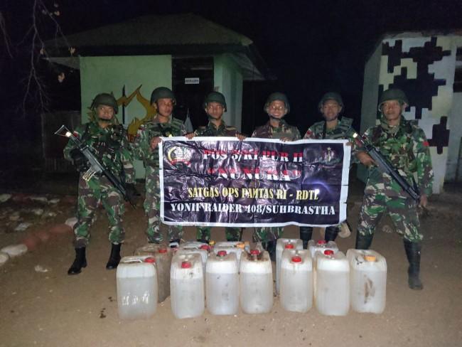 Dalam Sepekan, 1.445 Liter BBM Gagal Diselundupkan Oleh Satgas Yonif Raider 408/Sbh