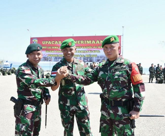 Upacara Penerimaan Satgas Pamtas RI-RDTL, Yonif 132/BS dan Yonif Raider 142/KJ