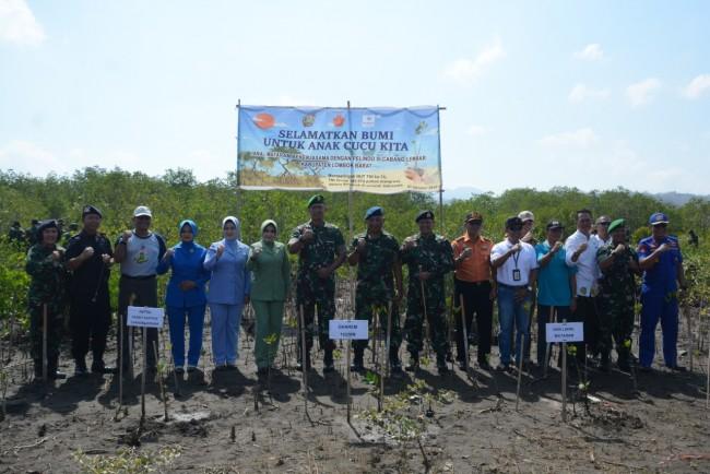 Jajaran TNI di NTB Gelar Penanaman Mangrove Dalam Rangka HUT TNI ke 74