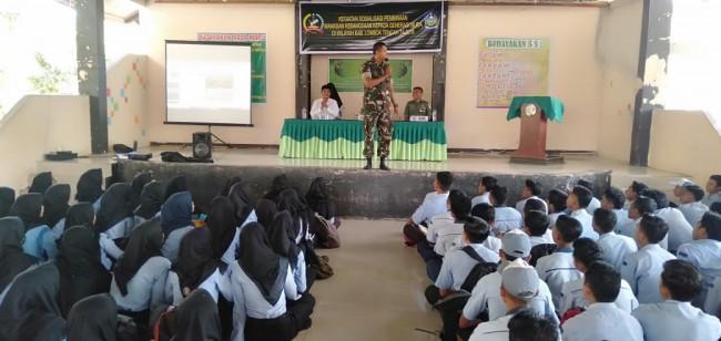 Korem 162/WB Gelar Sosialisasi Wawasan Kebangsaan Siswa SMAN 1 Jonggat