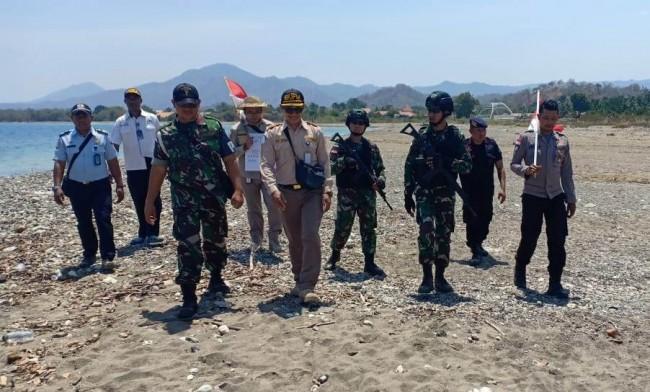 Sinergitas di Tapal Batas, Satgas Yonif Raider 142/KJ Laksanakan Patroli Bersama Instansi Terkait