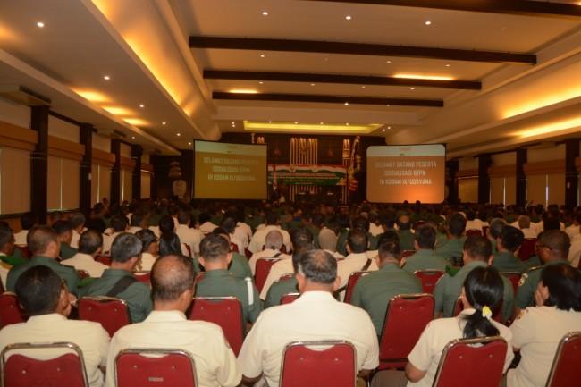 TNI dan PNS Se-Bali Ikuti Sosialisasi Hadapi Masa Pensiun