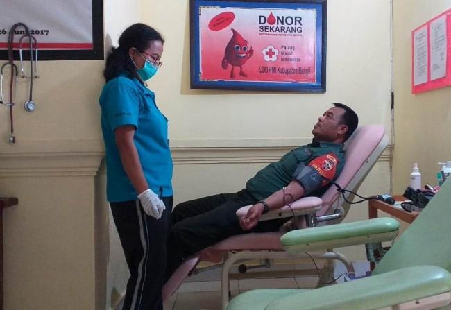 Dandim 1626/Bangli : Donor Darah Membuat Tekanan Darah Menjadi Stabil
