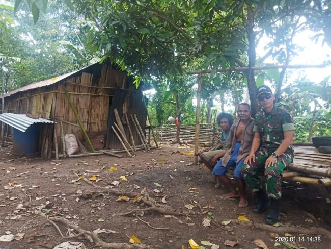 Tinjau Lokasi Opster, Dandim 1622/Alor Temukan Sepasang Pasutri Hidup di Tengah Hutan