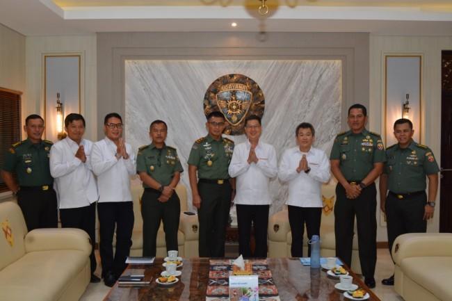 Pangdam Terima Audiensi Ketua Beserta Pengurus Permabudhi Provinsi Bali