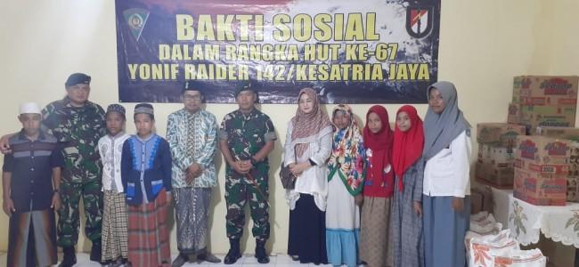 Peringati HUT ke-67, Satgas Yonif Raider 142/KJ Laksanakan Baksos di Panti Asuhan