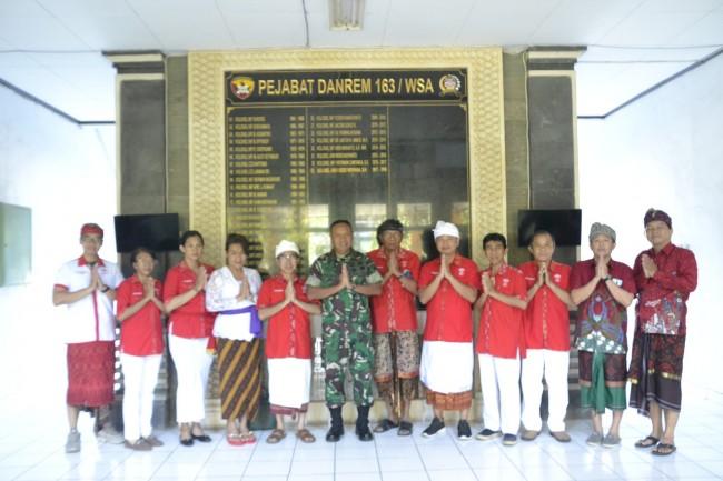 Danrem 163/Wira Satya Terima Audiensi Perhimpunan Indonesia Tionghoa (INTI) Provinsi Bali
