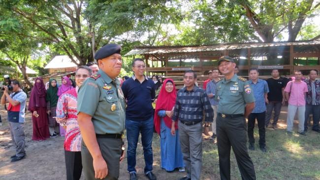 Danpussenkav Kodiklat TNI AD Tutup Patihan Berkuda di Sekolah Berkuda Samawa Cendikia
