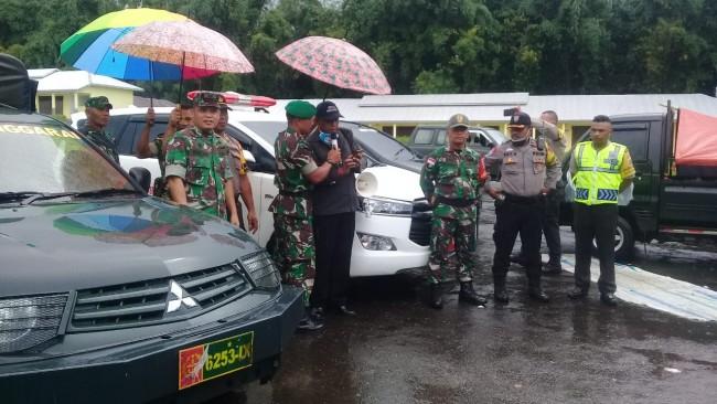 Kodim dan Polres bersama Puskesmas Kota Manggarai Sosialisasikan Pencegahan Covid-19