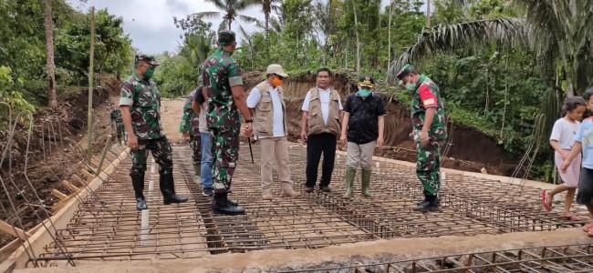 Danrem 162/WB bersama Bupati Lombok Utara Tinjau Sasaran TMMD Ke 107 Kodim Lobar