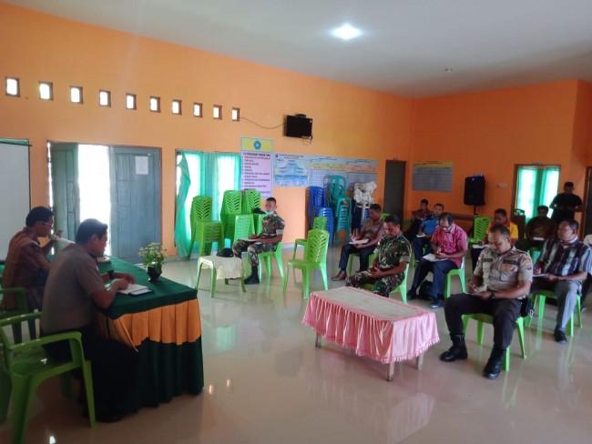 Rapat Pembentukan Gugus Posko Siaga Bencana Covid-19 di Tapal Batas