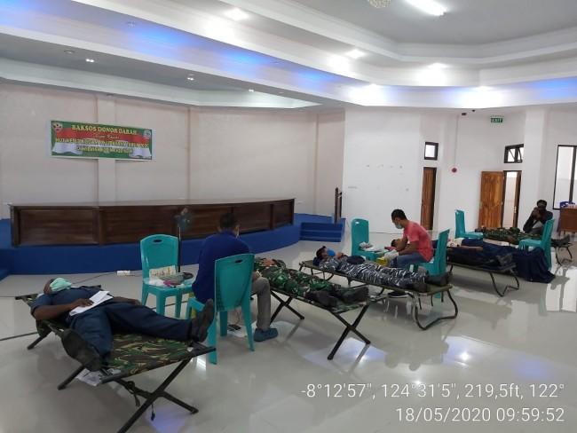 Sambut HUT ke 63 Kodam IX/Udayana, Kodim 1622/Alor Menggelar Bakti Sosial Donor Darah