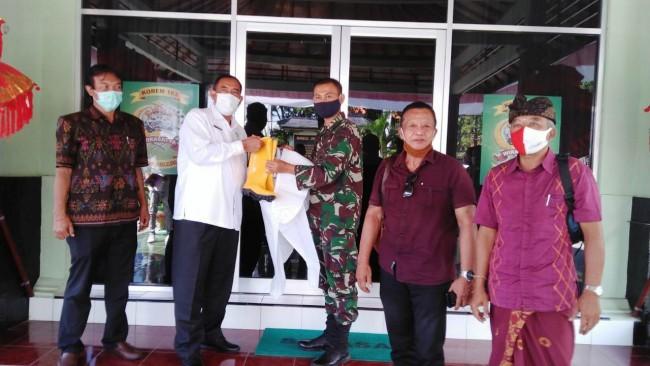 Undiksha Singaraja Berikan Bantuan APD Kepada Kodim 1609/Buleleng