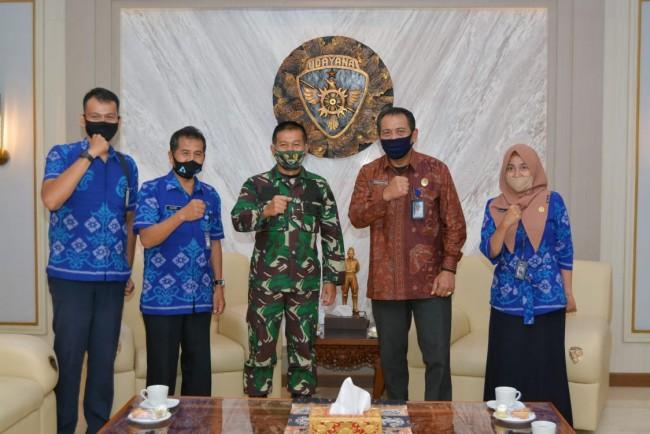 Pangdam IX/Udayana Terima Audiensi Kepala Radio Republik Indonesia (RRI) Denpasar