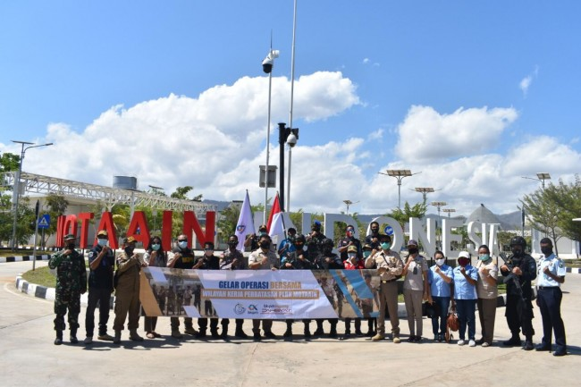 Satgas Yonif RK 744/SYB Gelar Patroli Bersama Instansi Wilayah Kerja PLBN Motaain