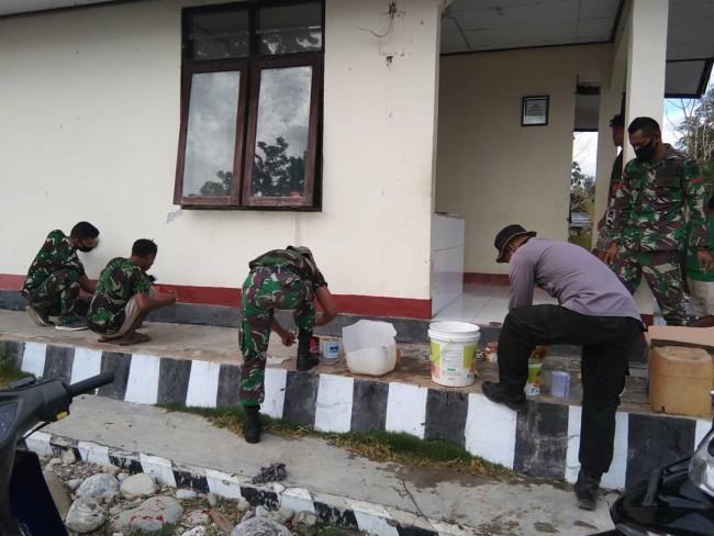 Wujud Sinergitas TNI-Polri dan Masyarakat Dalam Gotong Royong di Wilayah Perbatasan