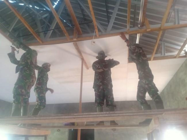Dihari Ke 23 Satgas TMMD 109 Kodim 1607/Sumbawa, Pembangunan Mushollah Mencapai 72%