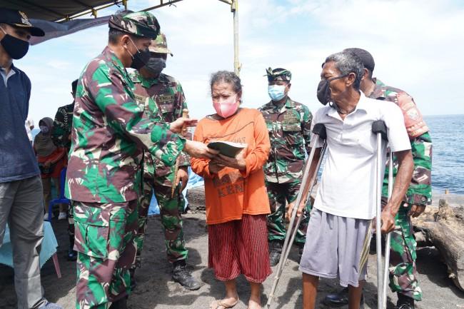 Kerjasama BSC Bersama Kodim Buleleng Bangun Rumah Kakek Suma