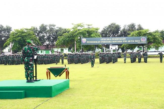 Buka Pendidikan Pertama Bintara TNI AD TA. 2021, Pangdam : Selamat Datang dan Selamat Berlatih