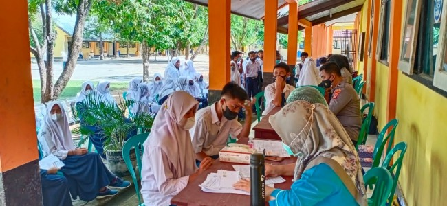 Dalam Rangka Sambut HUT TNI Ke 76, Kodim 1628/SB Gelar Serbuan Vaksin