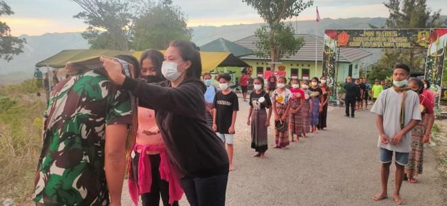 Dansatgas Pamtas Yonif 742/SWY Berikan Semangat Anak Batas Melalui Opera Tapal Batas